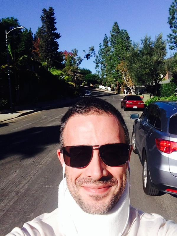 """Freddie Prinze Jr. Tweets About """"Learning to Walk Again"""" After Spinal Surgery"""