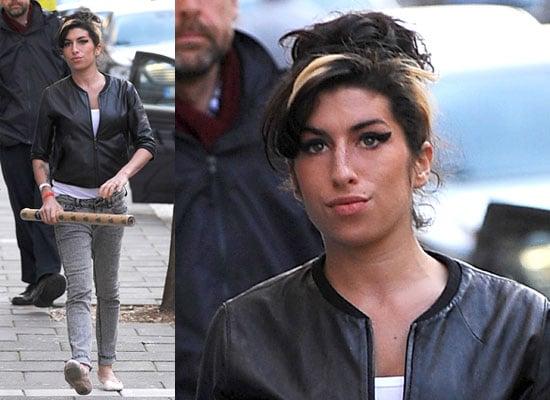 Photos of Amy Winehouse Christmas Shopping