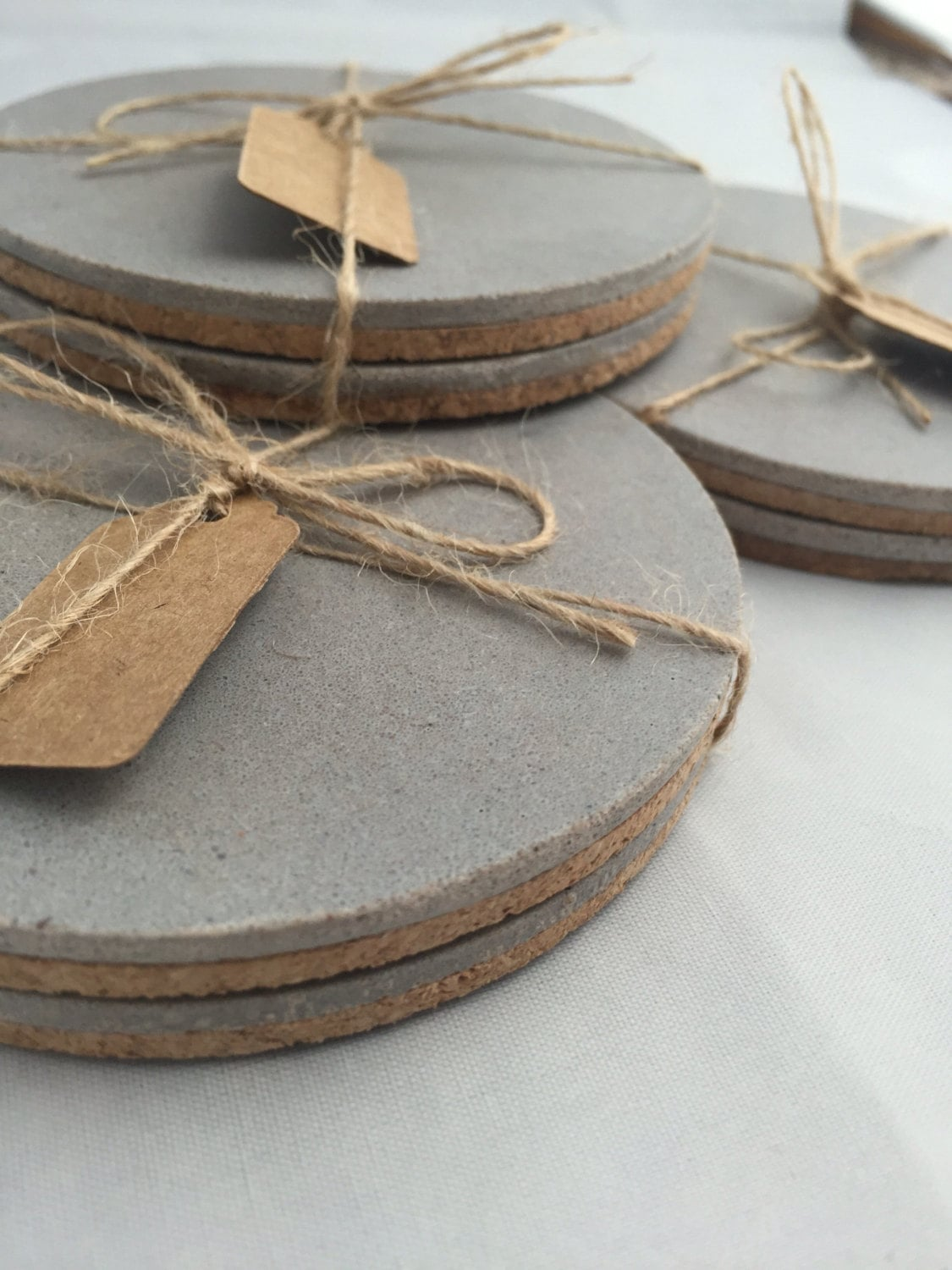 Concrete coasters 105 awesome but affordable gifts for for How to make concrete coasters