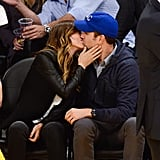 Olivia Wilde gave Jason Sudeikis a kiss at a Lakers game in LA.