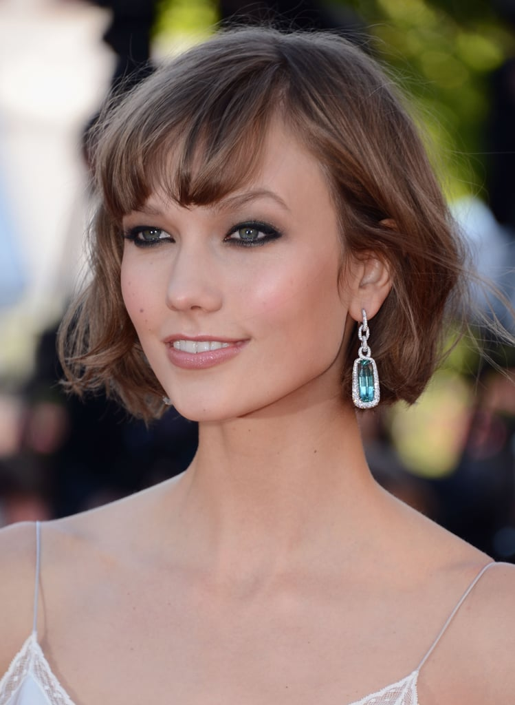 Also at the Immigrant premiere, Karlie Kloss rocked her signature crop and black, smudgy eyeliner.