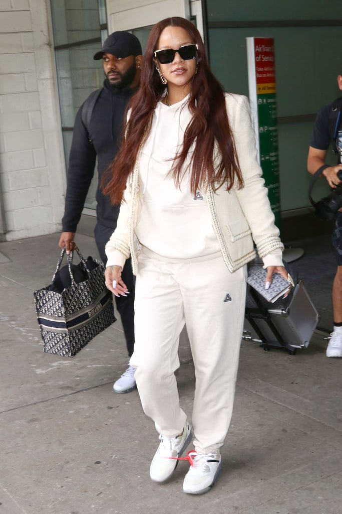 Rihanna's Outfit