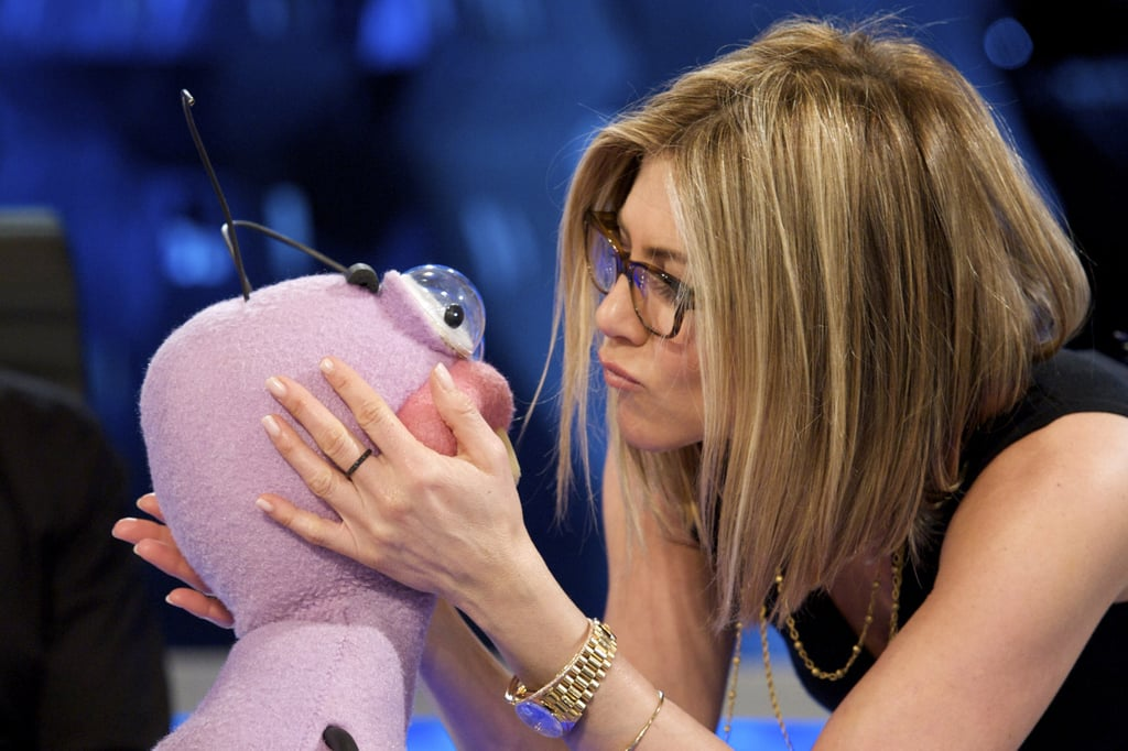 Jennifer Aniston Talks to Stuffed Animals For Spanish TV!