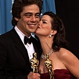Marcia Gay Harden smooched fellow winner Benecio del Toro in 2001.