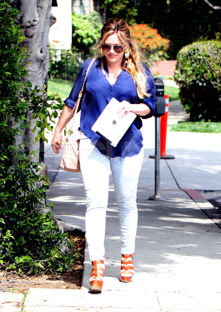 Hilary Duff out for the first time since giving birth.