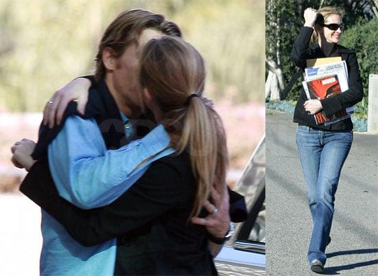 Photo of Julia Roberts Kissing Danny Moder Goodbye at LAX