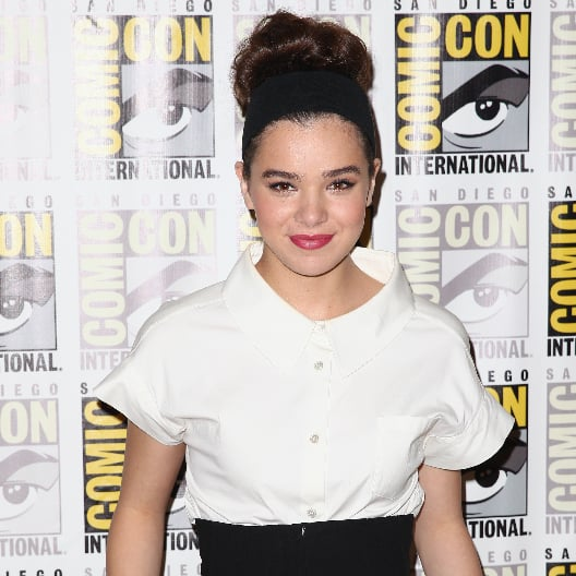Celebrity Hair, Beauty, Nails At Comic-Con: Hailee Steinfeld