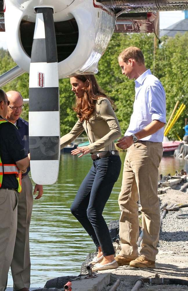 Kate Middleton wearing jeans with Prince William in Canada.
