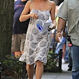 While in character on the set of Squirrels to the Nuts, Jennifer sported her Stuart Weitzman wedges with a printed dress with a ruffle hem.