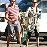 Kate Hudson and Matthew Bellamy stopped at the store.