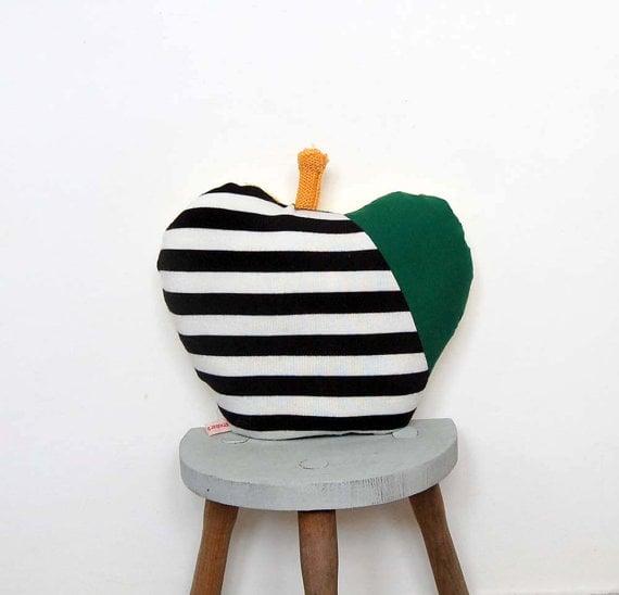 scrumptious apple pillows
