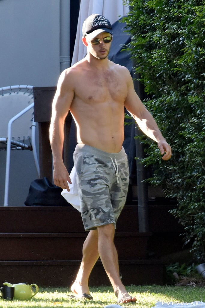 Kendall Auto Group >> Ryan Kwanten Moving Furniture While Shirtless | Pictures | POPSUGAR Celebrity Photo 2