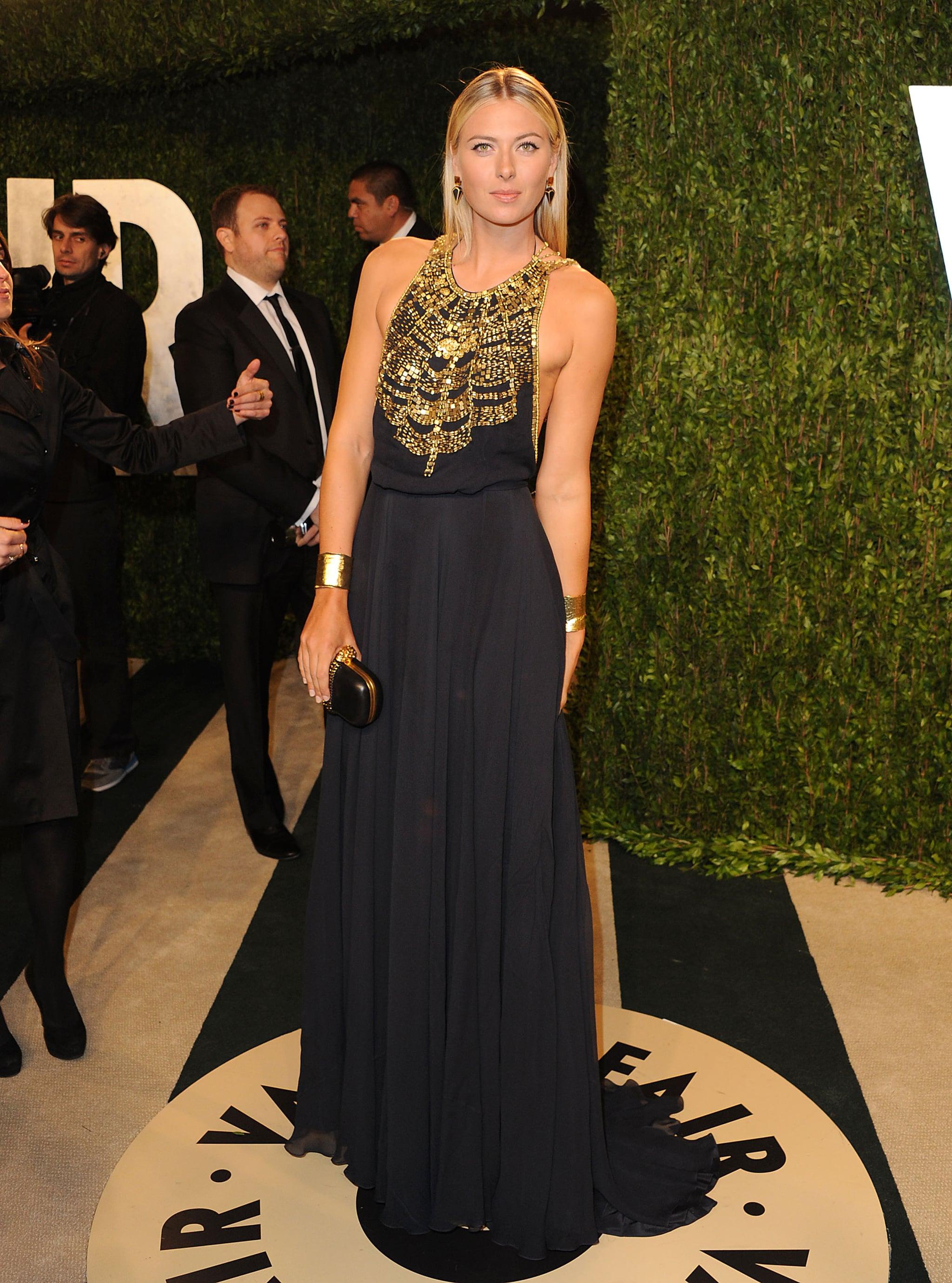 Maria Sharapova: Six Feet, Two Inches