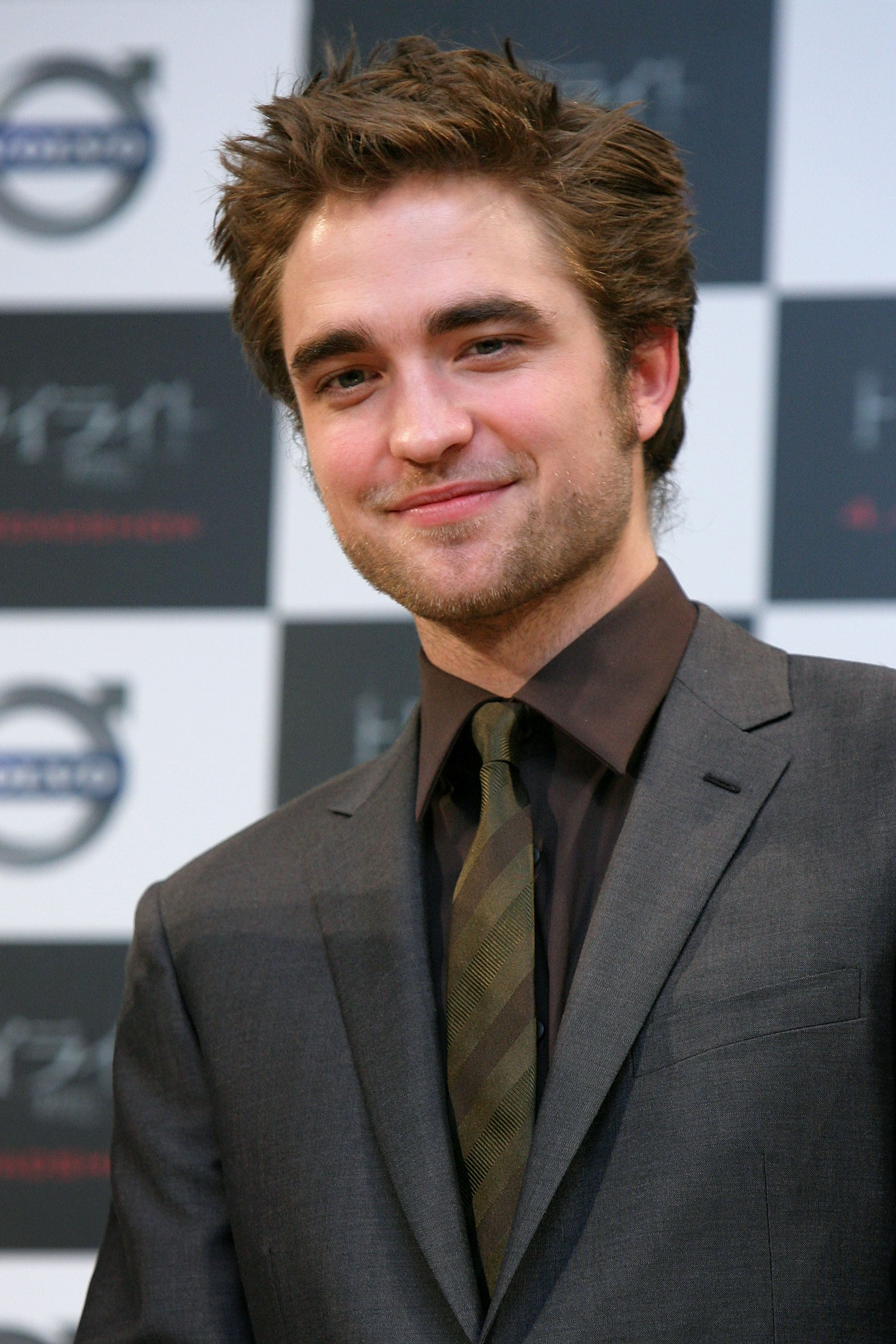 Photos Of Robert Pattinson Kristen Stewart Taylor Lautner At Twilight Premiere In Tokyo