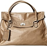This bag is sure to be a sell out. It's perfect for daytime use.