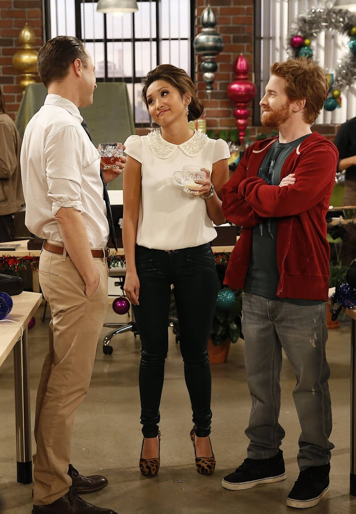 Dads Warner (Giovanni Ribisi), Veronica (Brenda Song), and Eli (Seth Green) attend a holiday office party on Dads.