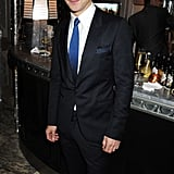 Dominic Cooper looked very suave and sophisticated in a suit and blue tie.