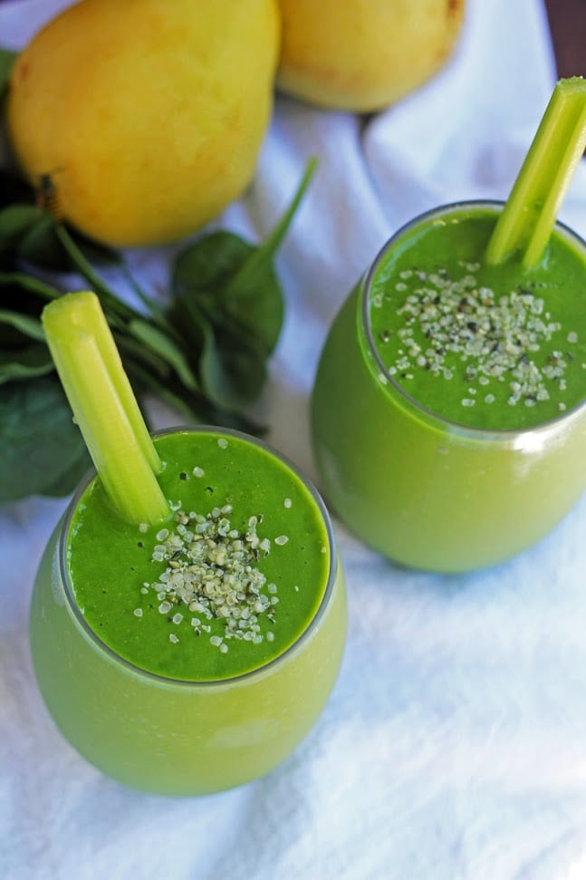 Pear Detox Green Smoothie