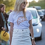 Easy Summer outfit: a graphic tee and miniskirt.