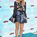 Among a whole host of stylish young things at the Teen Choice Awards, it was Bella Thorne who grabbed our attention with this flirty palm-print from Fausto Puglisi.