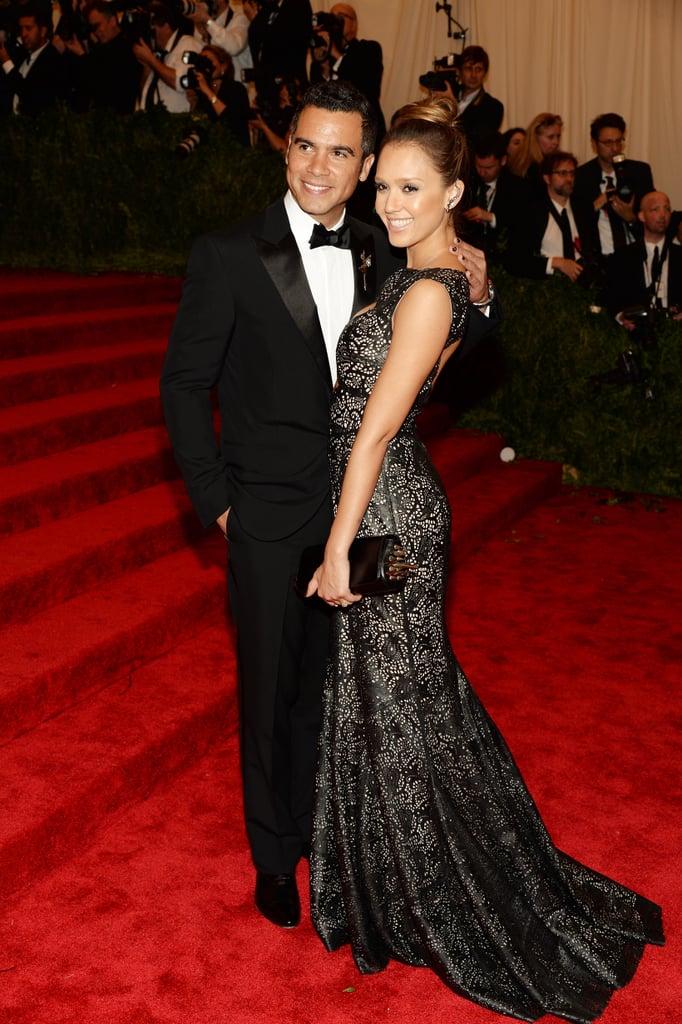 Jessica Alba cosied up to her husband, Cash Warren.