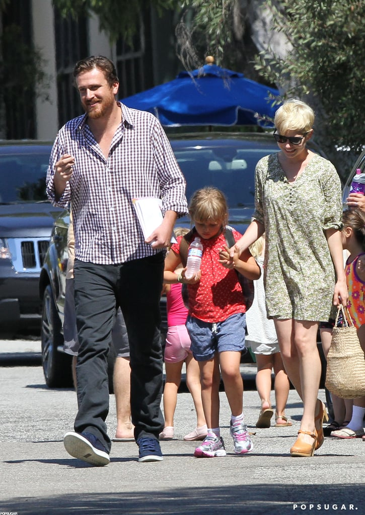 Michelle Williams and Jason Segel brought her daughter, Matilda Ledger, to a class in LA yesterday. Jason and Michelle smiled at photographers before hopping in their car with Matilda. Michelle, Jason, and Matilda headed to the West Coast last weekend after spending some time together at Michelle's East Coast home base. Their proximity to Hollywood is handy so Jason can work on the upcoming eighth season of How I Met Your Mother. The show's producers have recently dropped hints that they may be planning a ninth season, but it's unclear whether Jason will sign on beyond 2013 just yet. There have been plenty of hints about what's to come in new How I Met Your Mother episodes, including a cameo from comedian Thomas Lennon and True Blood hottie Joe Manganiello.