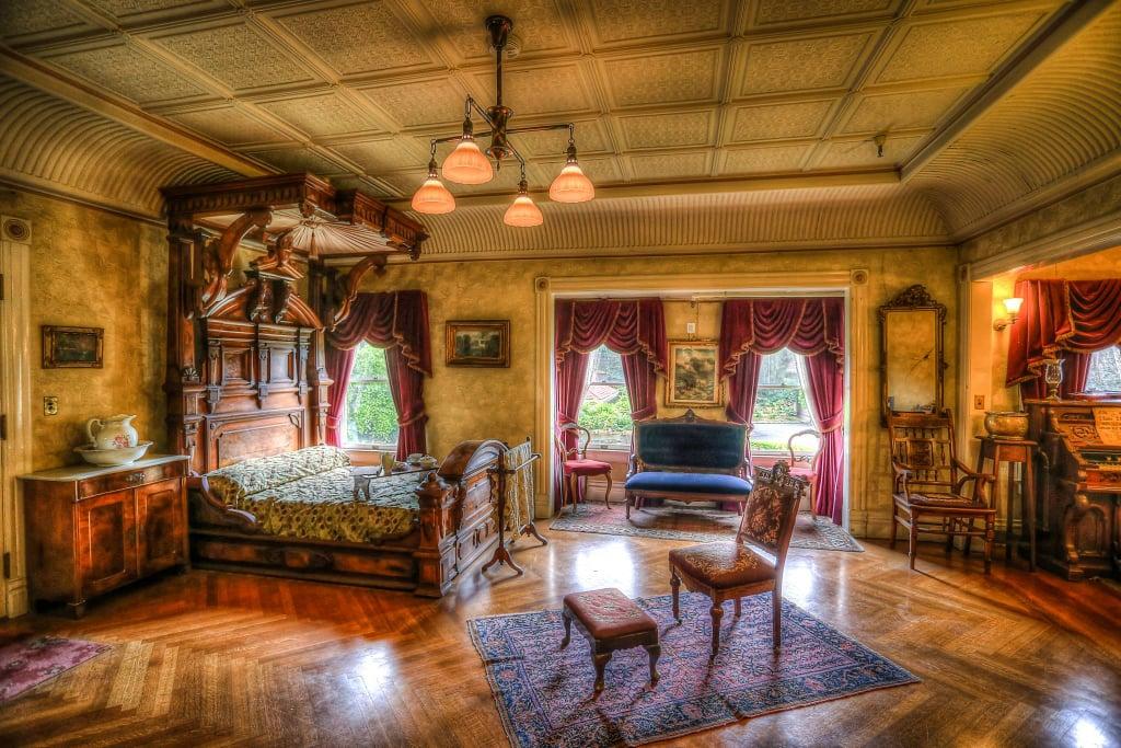 Winchesteru0027s Main Bedroom