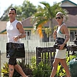 Jennifer Aniston and Justin Theroux shop in Kauai.