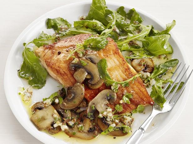 Arctic char with mushrooms recipe popsugar food for Gazelle cuisine n 13