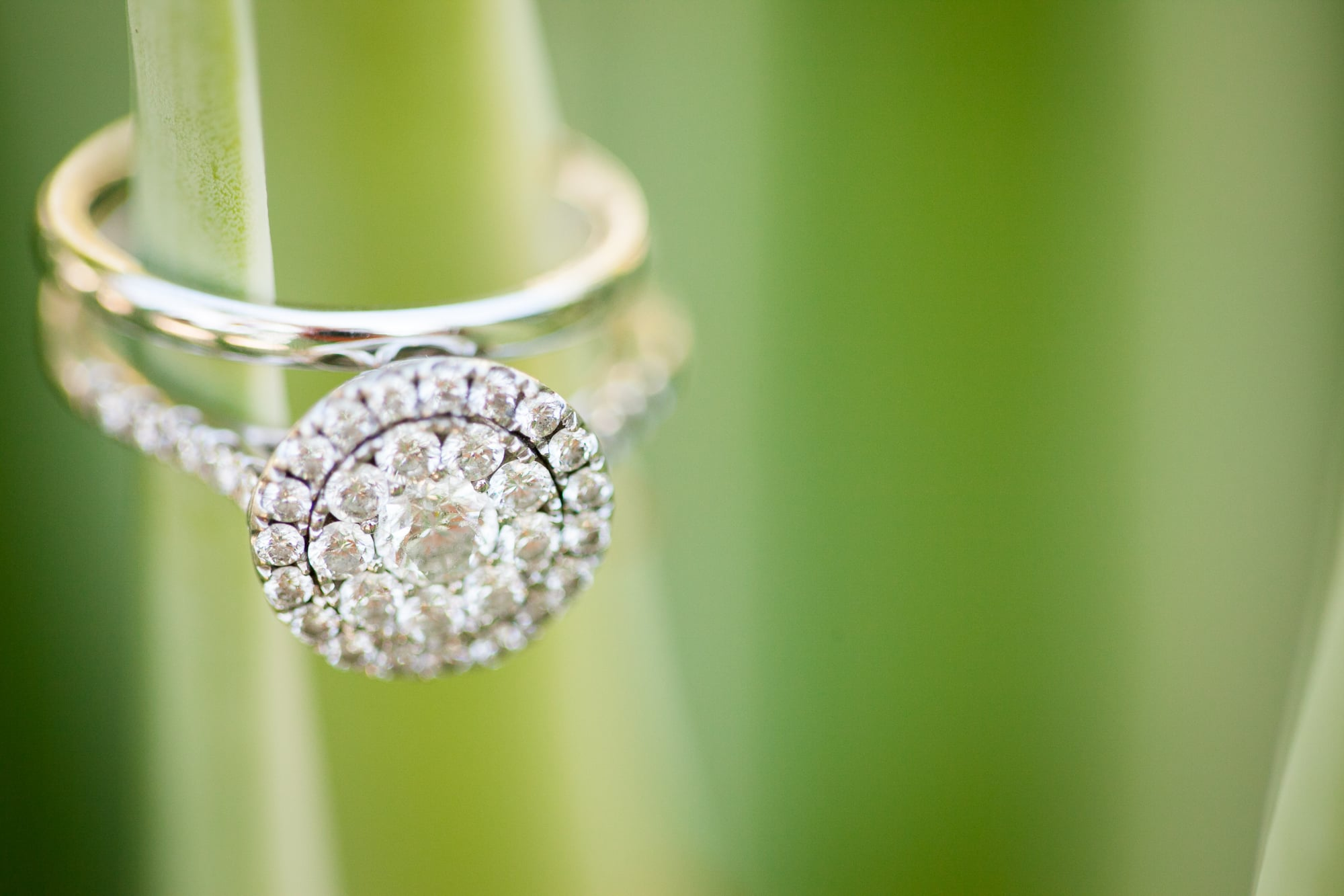 Buying An Engagement Ring Guide
