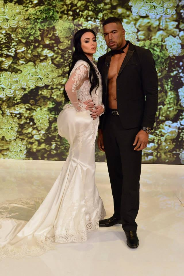 Kelly Ripa and Michael Strahan as Kim Kardashian and Kanye West in 2014