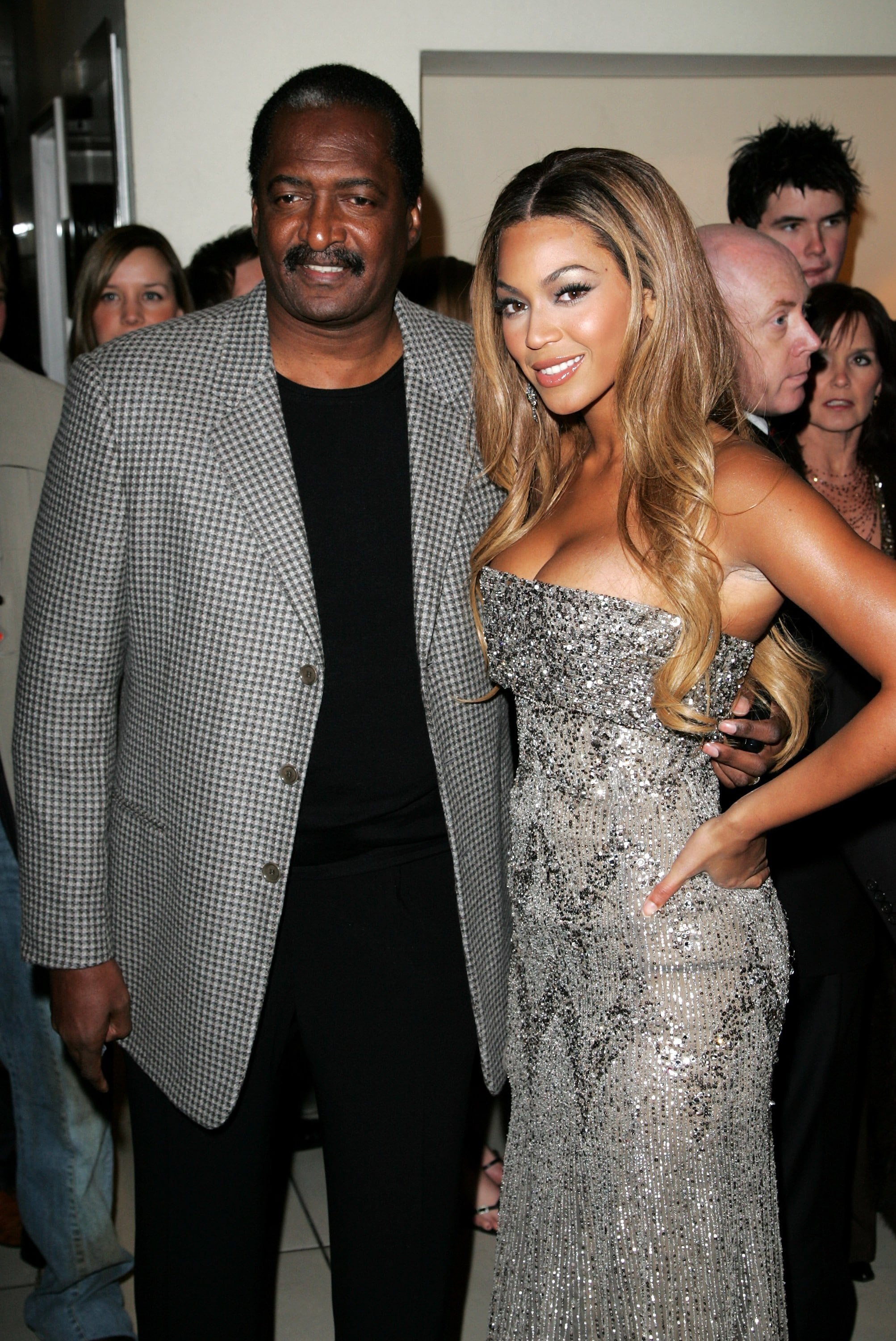 LONDON - JANUARY 21: Actress Beyonce Knowles and her father Matthew arrive at the UK premiere of