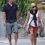 Reese Witherspoon and Jim Toth hang out on their honeymoon.