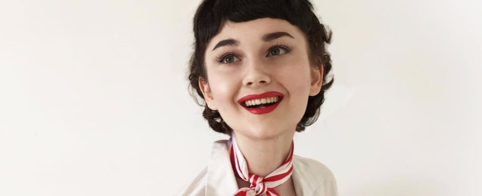 Annelies van Overbeek Vintage Instagram Makeovers