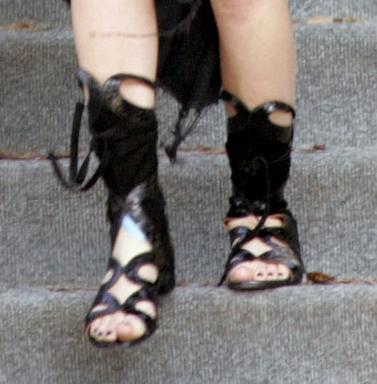 Celebrity Photo Quiz - Guess Who?