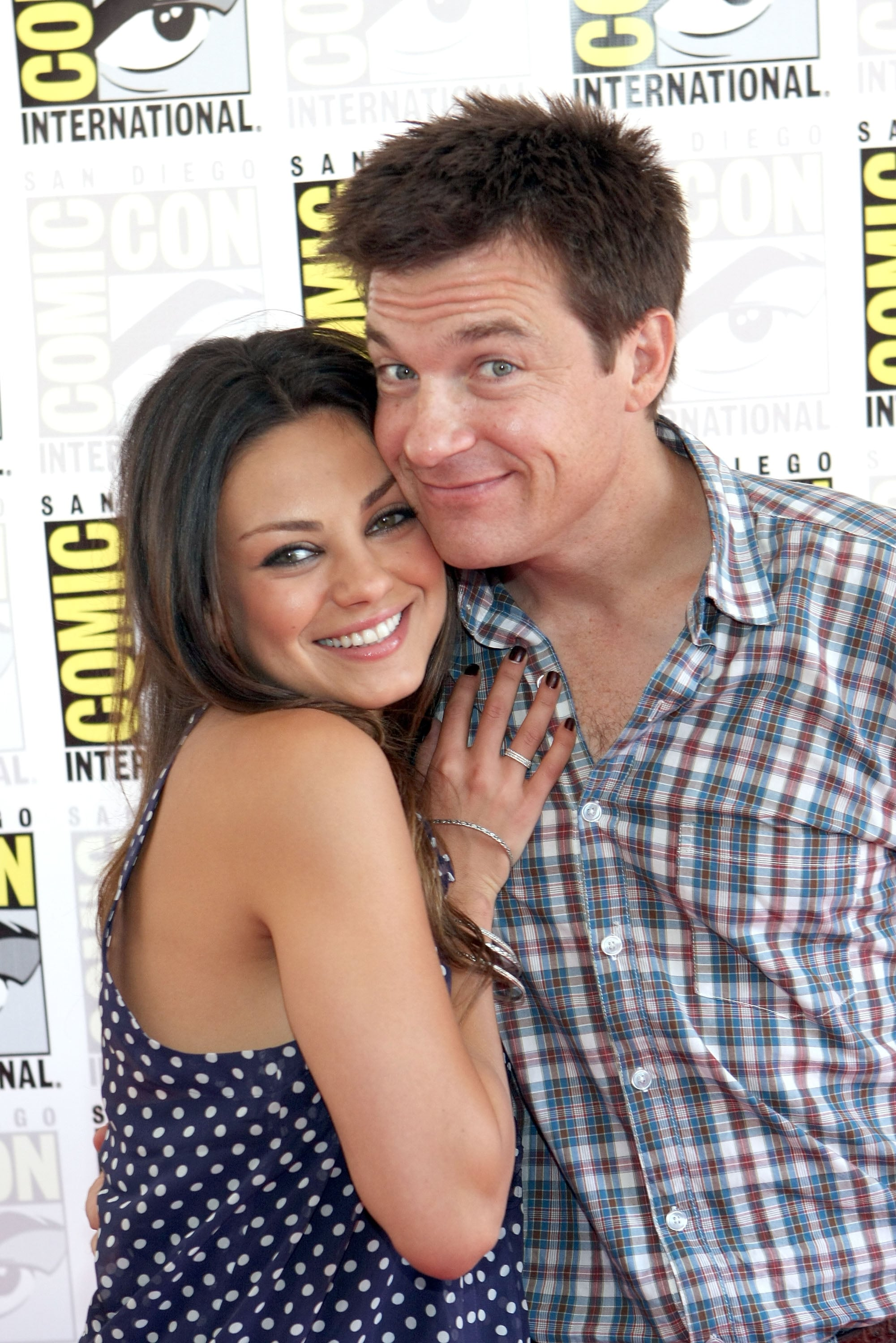 Mila Kunis cozied up to Jason Bateman in 2009.