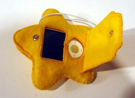 Super Mario Star iPod Cozy