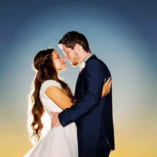 Jessa duggar 39 s wedding pictures popsugar celebrity for Jessa duggar wedding dress