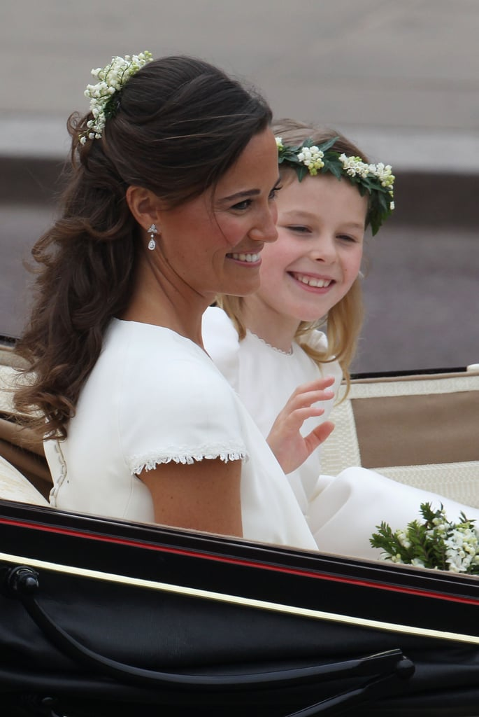 Pictures of Pippa Middleton Leave the Royal Wedding 2011-04-29 05:08:36