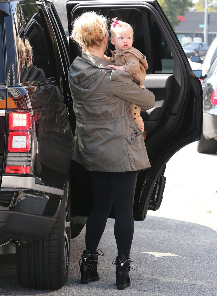 Maxwell sported a cute pink bow for lunch on Monday with mom Jessica Simpson.