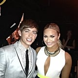 Hosts Kevin McHale and Demi Lovato took a midshow picture. Source: Twitter user druidDUDE