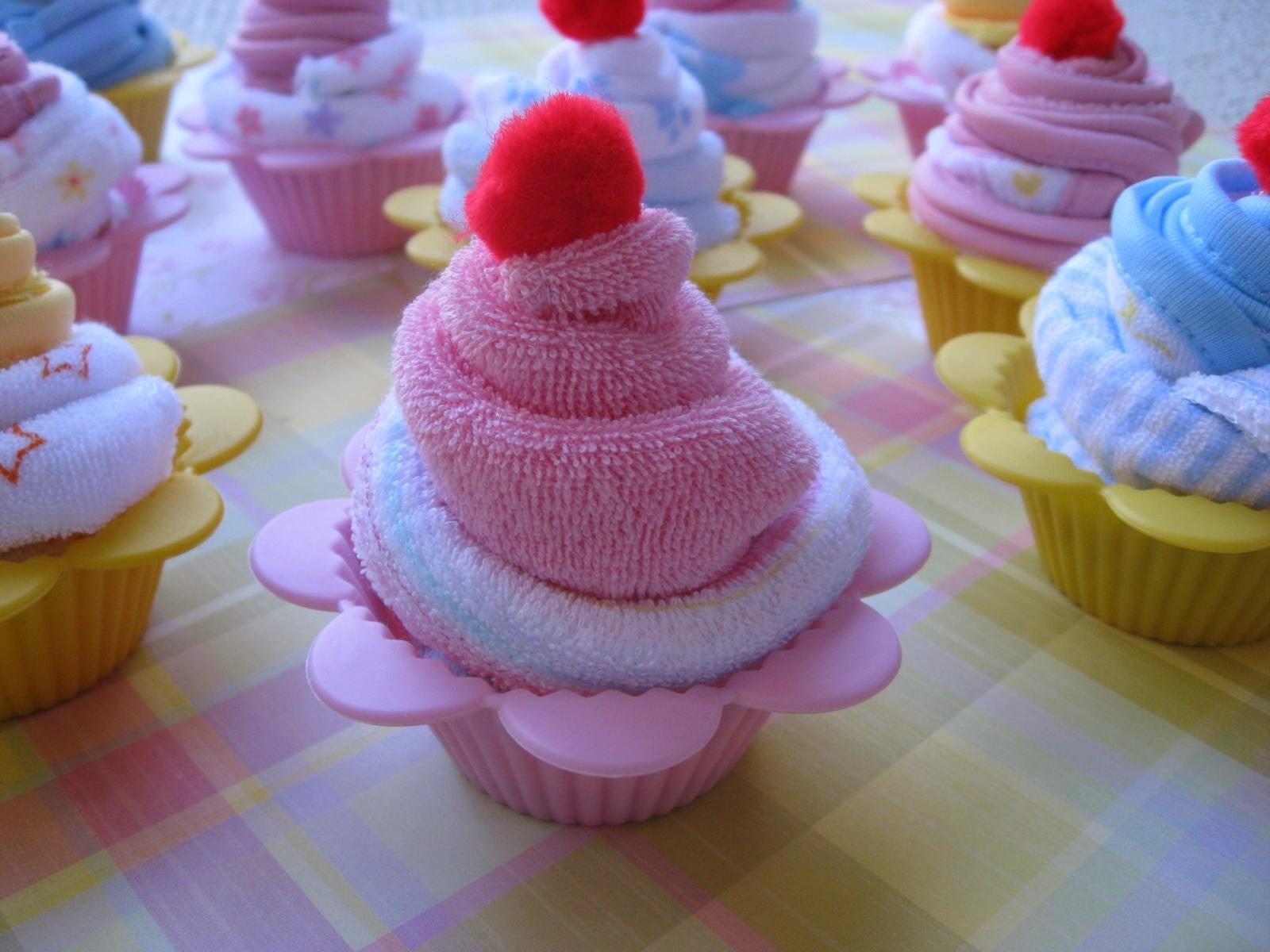 How To Make A Washcloth Cupcake Popsugar Family