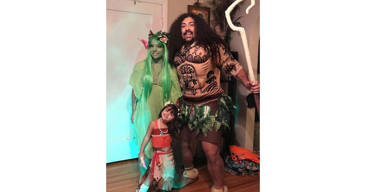 moana maui and te fiti family of 3 halloween costumes popsugar family photo 3