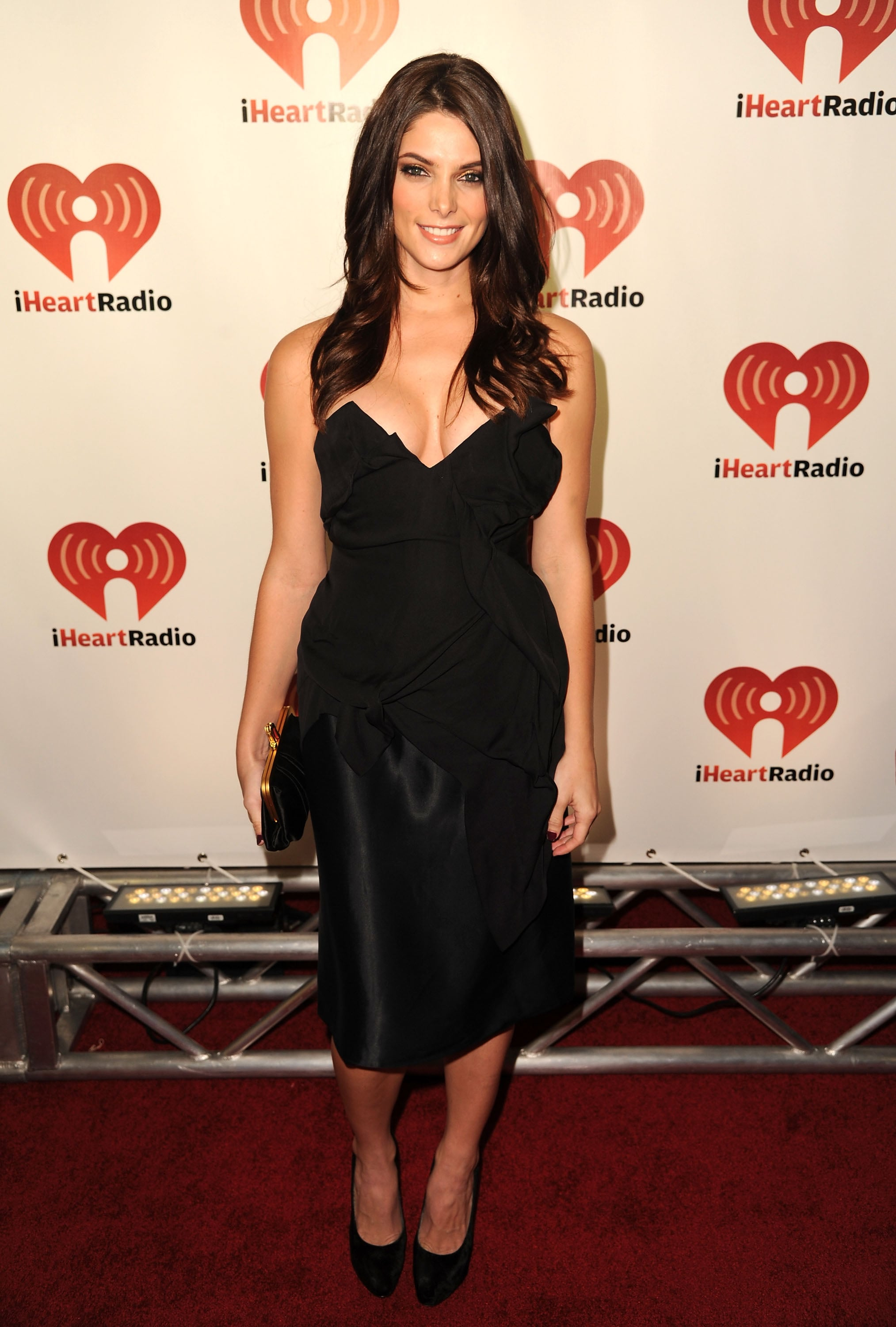 A classically sexy look for the iHeartRadio Music Festival in 2011.