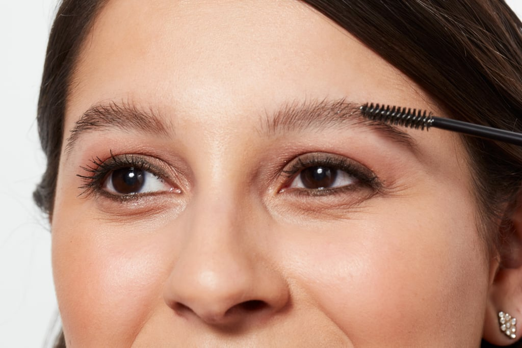 how to use eyebrow makeup