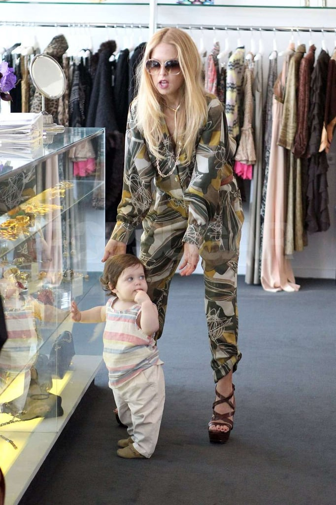 Rachel Zoe looked after Skyler in a West Hollywood boutique while she tried to get some shopping done.