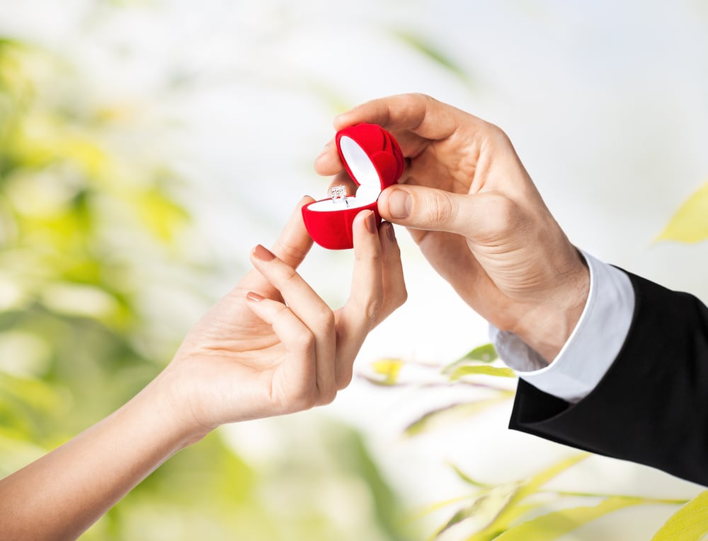 Sly Proposal Becomes the Cutest GIF Ever