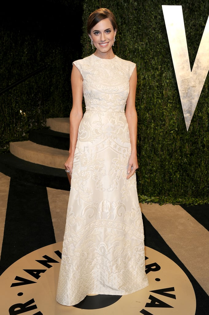 At the 2013 Vanity Fair Oscars soiree, Allison was the epitome of Old Hollywood glamour in an all-over embroidered Valentino gown.
