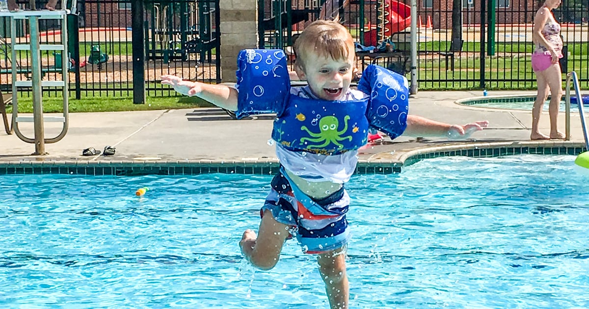 The Most Popular Floatation Device For Kids May Be the Most Dangerous, According to Aquatics Experts
