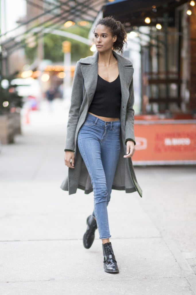 with skinny jeans and ankle boots how to wear a crop top